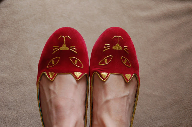 DIY slippers chats Charlotte Olympia graphic