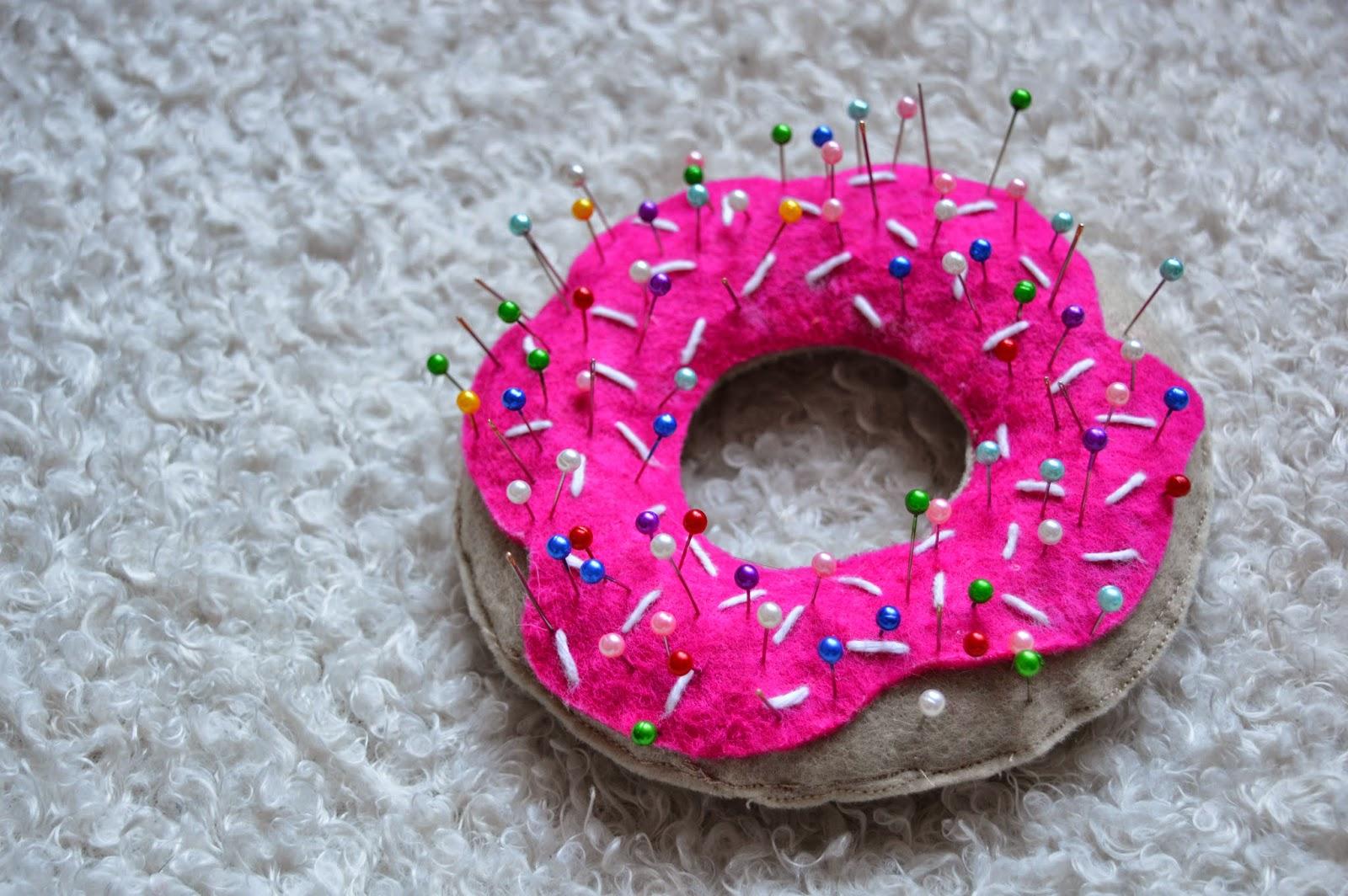 DIY – Le pique-aiguille donut graphic